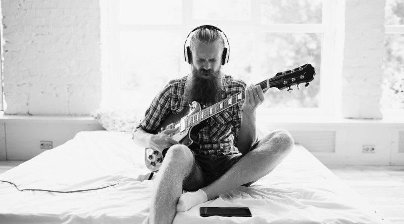 Soundproof room guitar